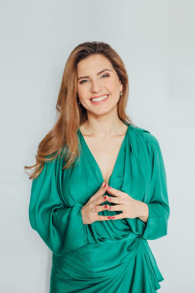 Женский психолог Лена Друма коротко о себе